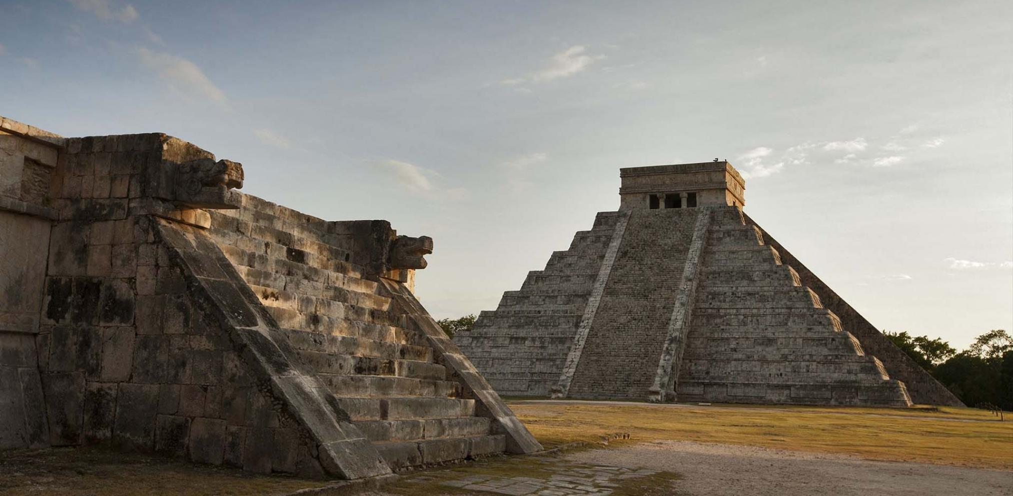 How to explore ancient ruins of Mexico